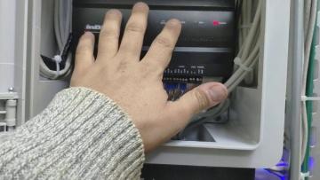 Контроль доступа серверной комнаты inbio260 + FR1200 - видео